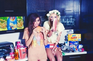 elite-daily-girls-munchies